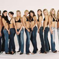 Как выбрат размер женских джинсов