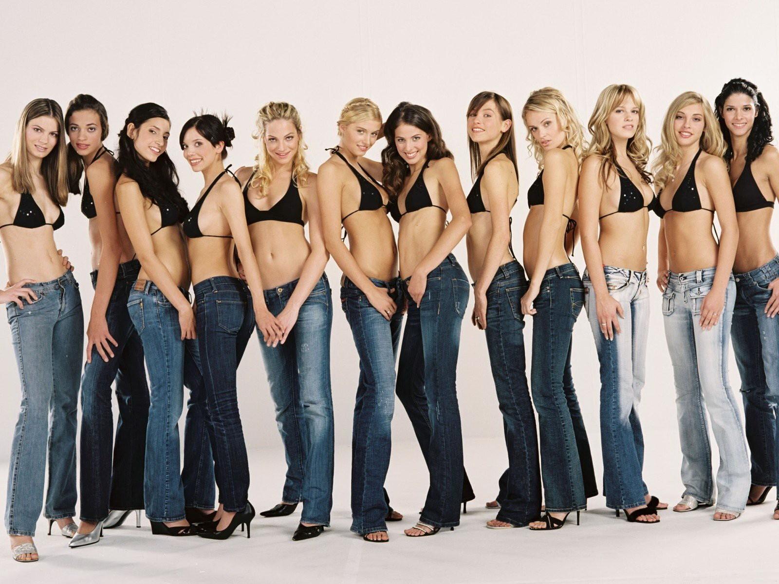 Как выбрать размер женских джинсов