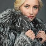 Как выбрать шубу из чернобурки: волшебство уникального окраса