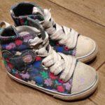 Как выбрать кеды ребенку: гид для стильных родителей