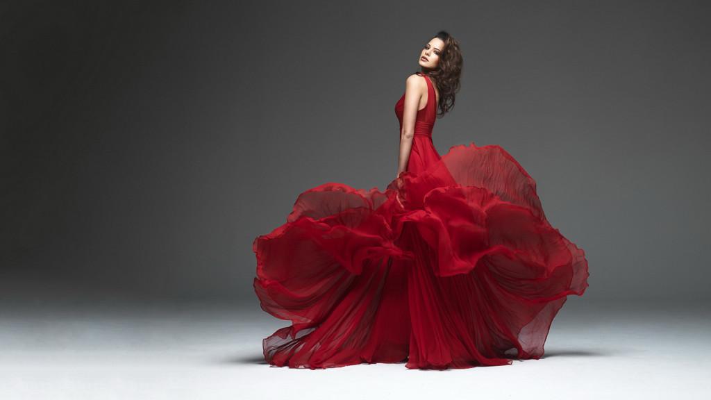 1474451-dior-red-dress