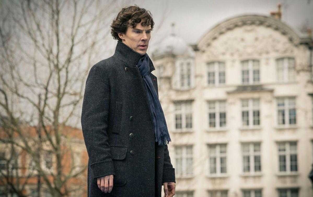 Мужское пальто как у Шерлока: где приобрести культовую вещь или ее копию
