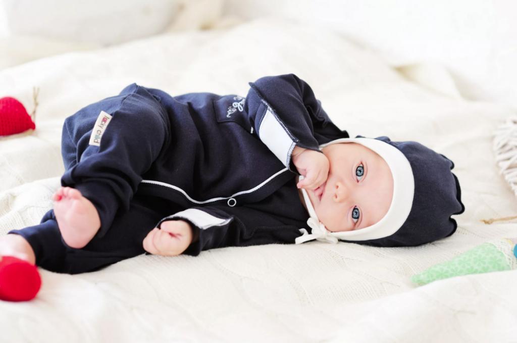 Размеры новорожденных по месяцам: выбираем одежду правильно